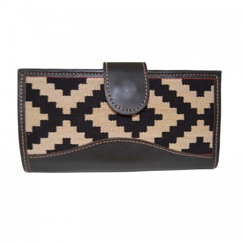 Black Pampa ladies' wallet